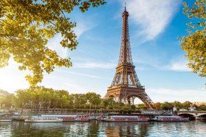 Эйфелева_башня_в_Париже,_Франция