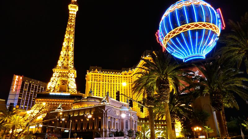 Дубликат Эйфелевой башни в Лас Вегасе