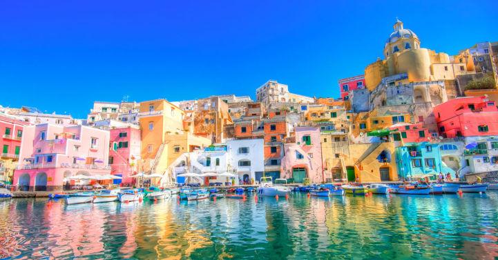30 самых разноцветных городов мира Прочида, Неаполь, Италия