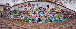 Стена Джона Леннона Прага