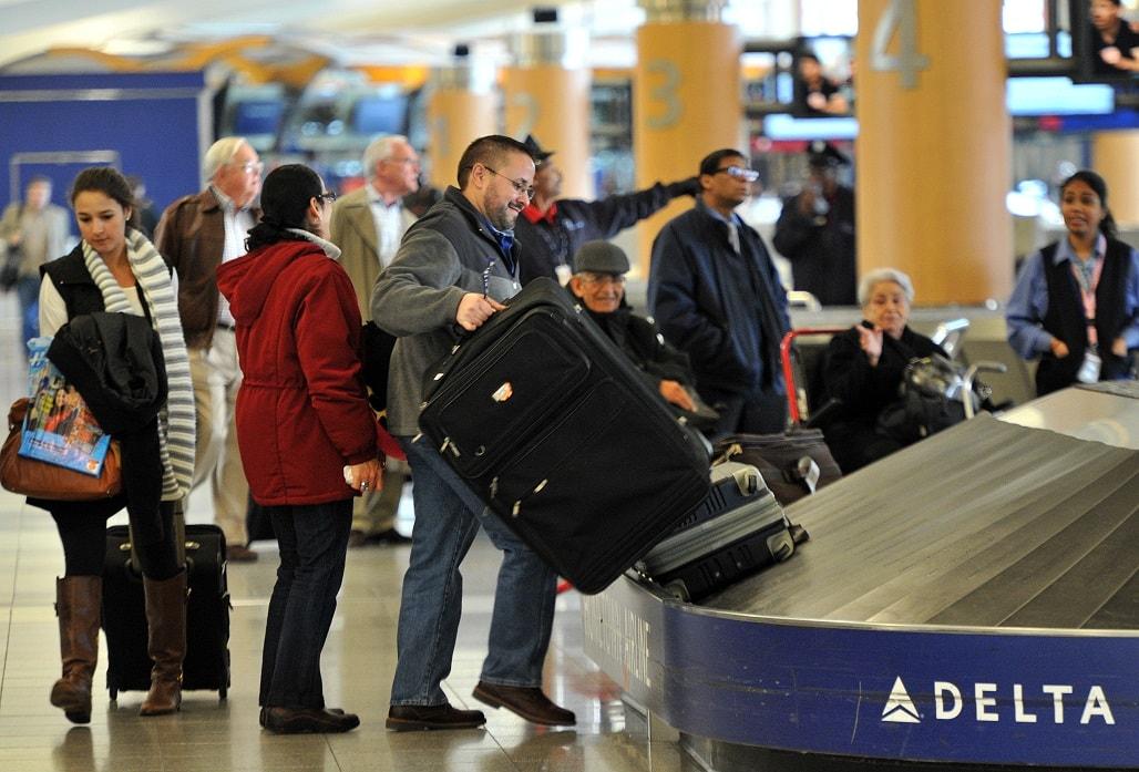 получить чемодан