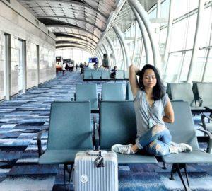Йога в аэропорту