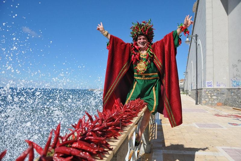 Peperoncino Festival в честь красного калабрийского перчика