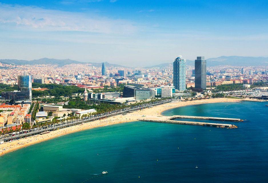 Городские пляжи Барселоны